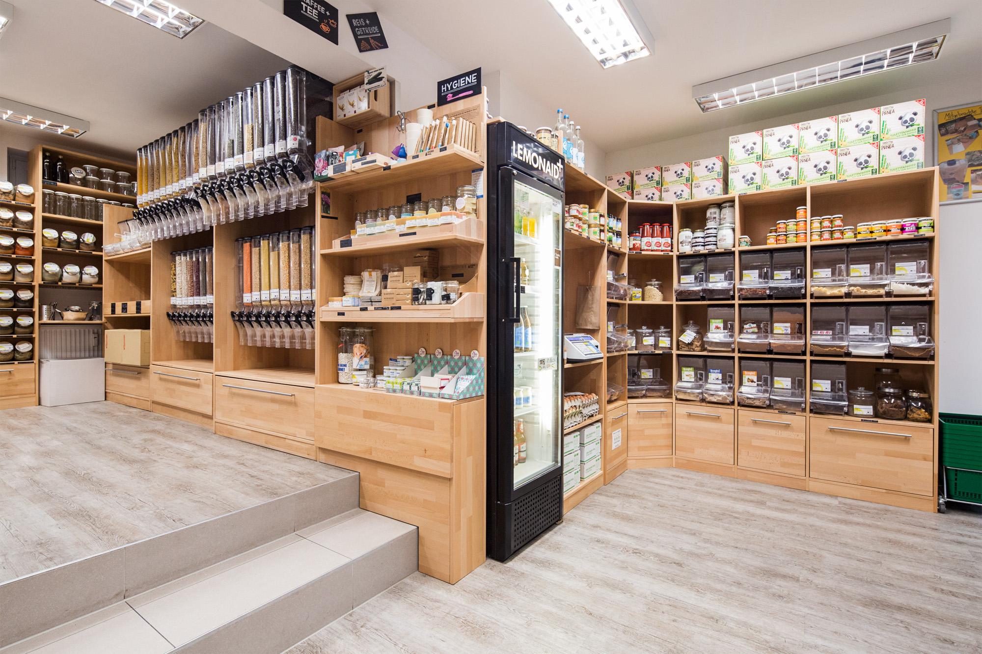 Unverpackt Mainz Laden Regale mit Hygieneartikeln